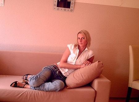 Blonde mariée ch jeune amant sur Perpignan
